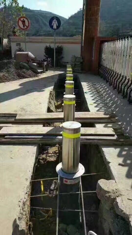 鹭旗智能提供优质的升降地柱——停车场管理系统维修