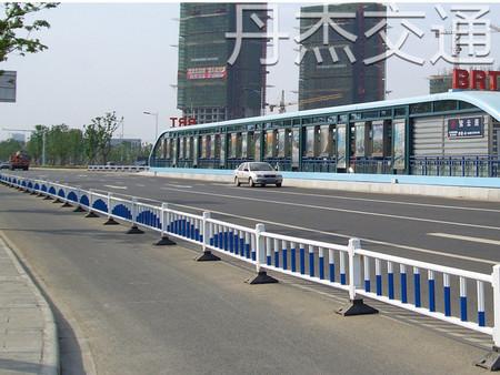 常州优惠的道路护栏推荐,道路护栏多少钱