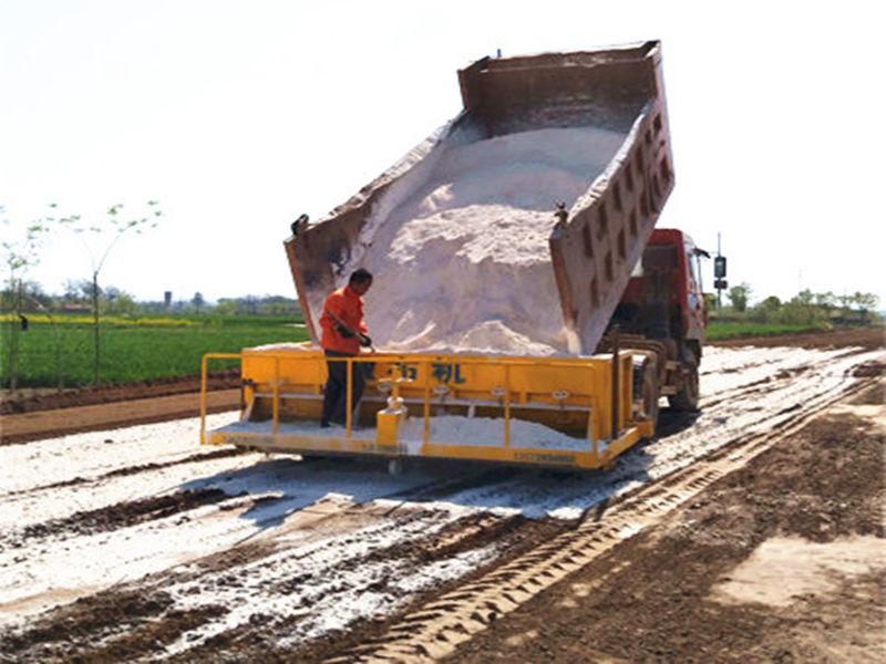 西安白灰撒布机价格-陕西万里提供合格的白灰撒布机