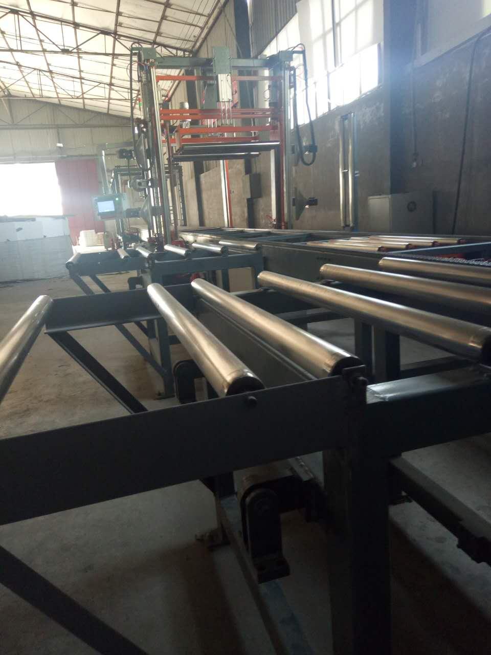 屋面泡沫苯板 买性价比高的聚苯板优选华信九州建材
