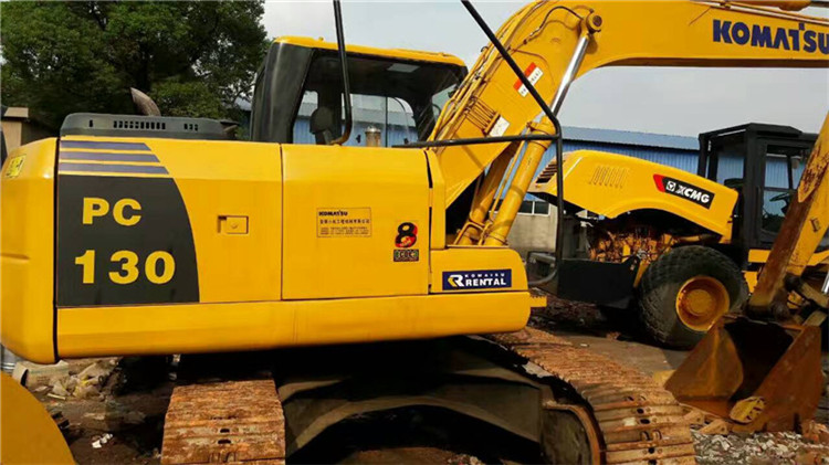 二手130挖机图片|哪里能买到价格优惠的二手小松130挖机