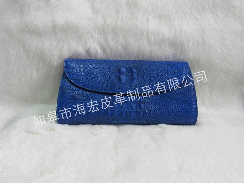 有信誉度的鳄鱼皮单肩手包生产商是哪家 劳保手套革