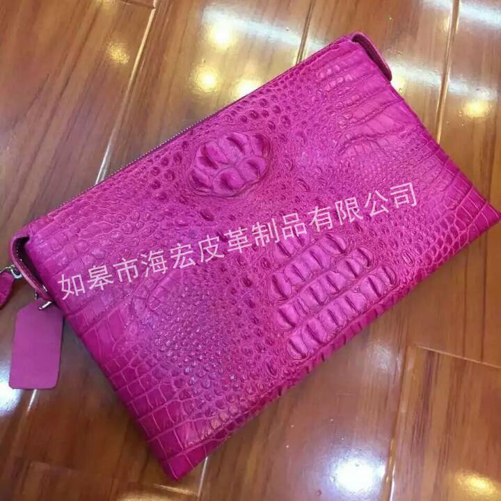 红色鳄鱼皮皮包|南通报价合理的鳄鱼皮皮包供应