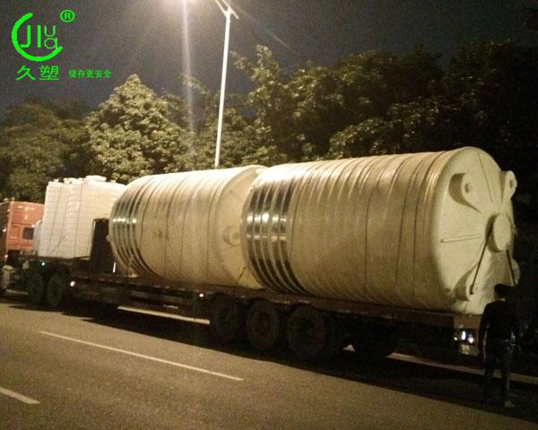 5~50立方双氧水储罐管口一体成型PE双氧水储罐厂家