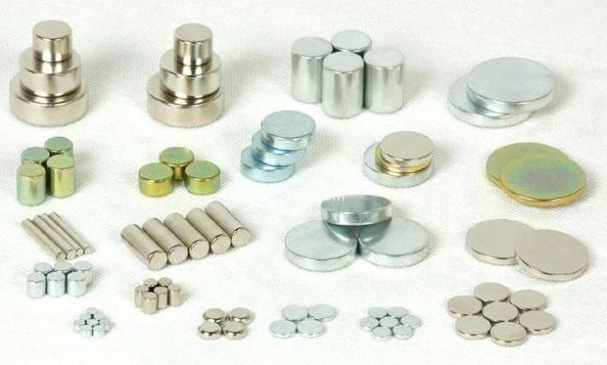 磁性材料、吸铁石_安徽迅昌诚磁性材料公司提供热卖汝铁硼永久性磁铁
