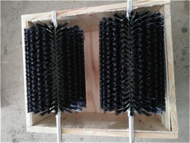 尼龙丝毛刷辊价格-金制刷业_口碑好的毛刷辊提供商