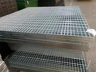 辽宁优质钢格板生产商_抚顺钢格板多少钱就来朝光护栏