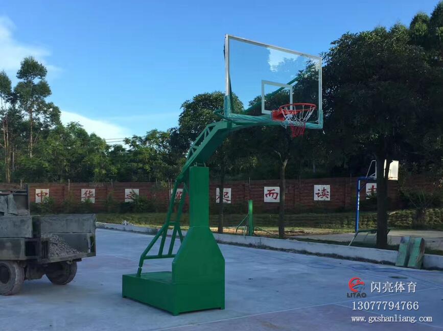 南宁液压篮球架_实惠的移动式液压篮球架在哪里可以买到
