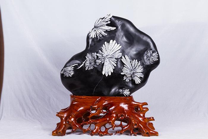 江苏客厅工艺品摆件-精雕细琢的客厅工艺品摆件