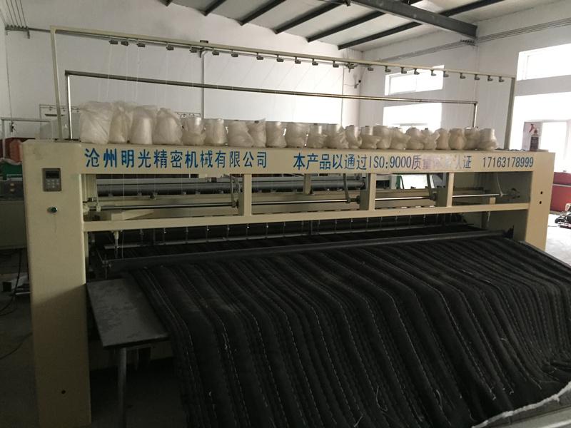 厂家供应多针绗缝机|沧州明光精密机械供应价位合理的多针绗缝机