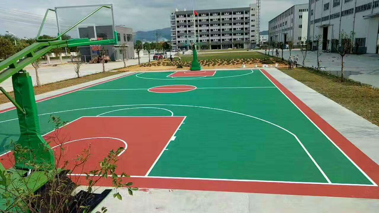 广州博华体育供应合格的硅PU运动场_硅PU球场材料厂家