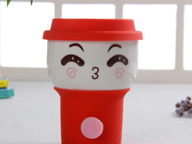 哪里可以提供创意陶瓷杯陶瓷定制批发_纽扣萌表情水杯