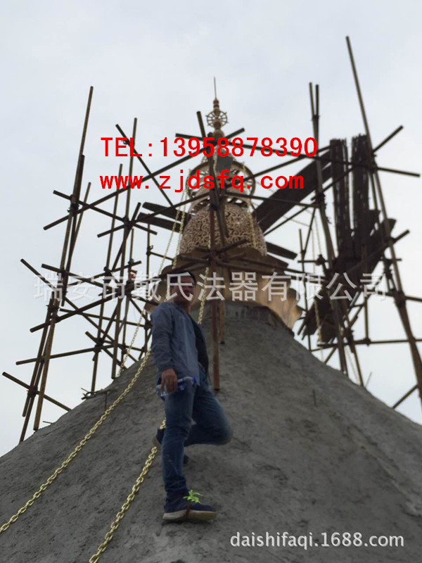 浙江哪里有供应口碑好的铜塔刹——南京新品镂空塔刹景区铜塔刹安装实图