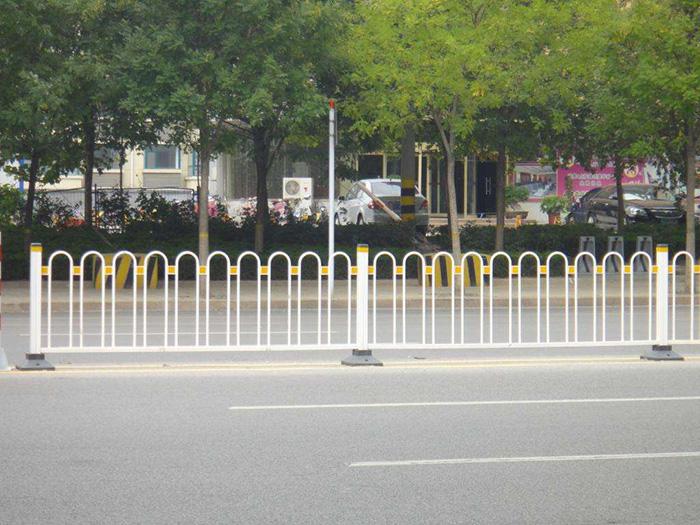 乌海道路护栏厂家_道路护栏上哪买比较好