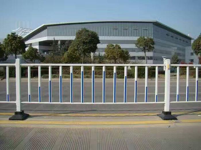 宁夏道路护栏 质量好的道路护栏在哪有卖
