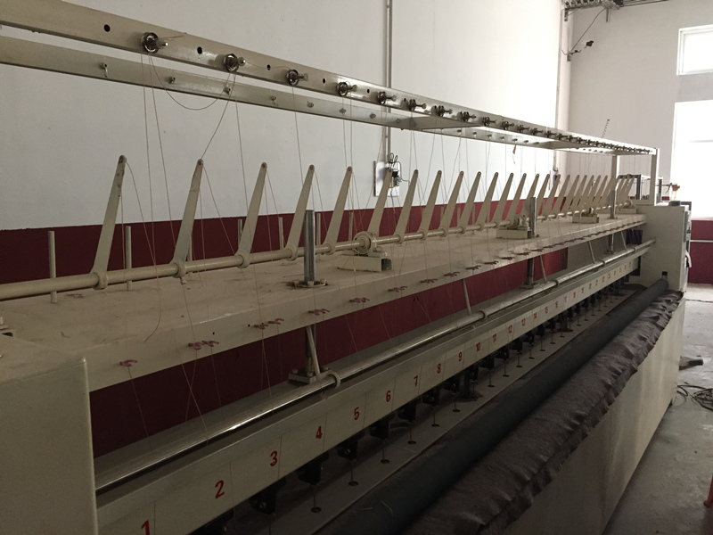沧州明光精密机械专业供应多针绗缝机——廊坊大棚棉被机