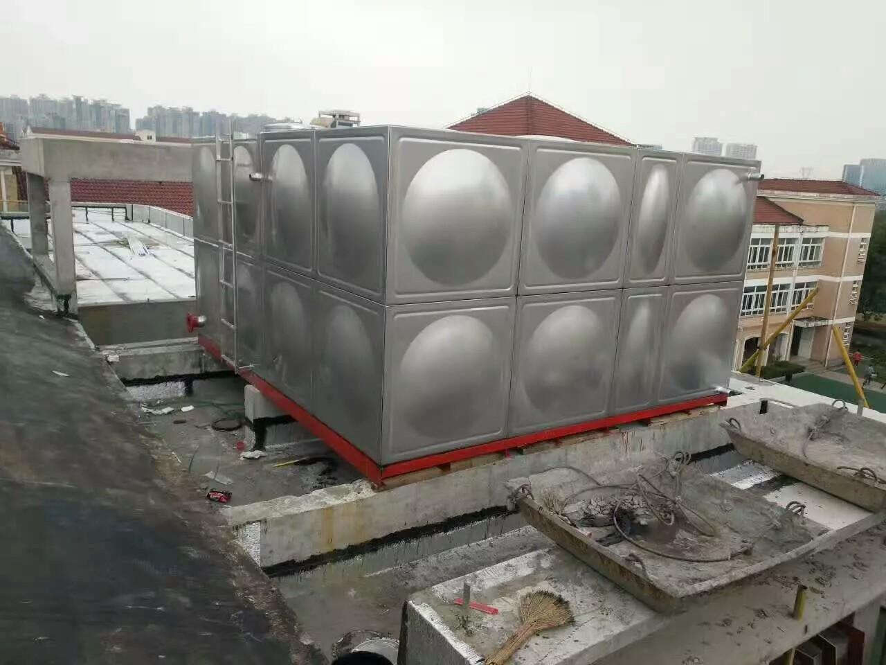 不锈钢冲压板式水箱