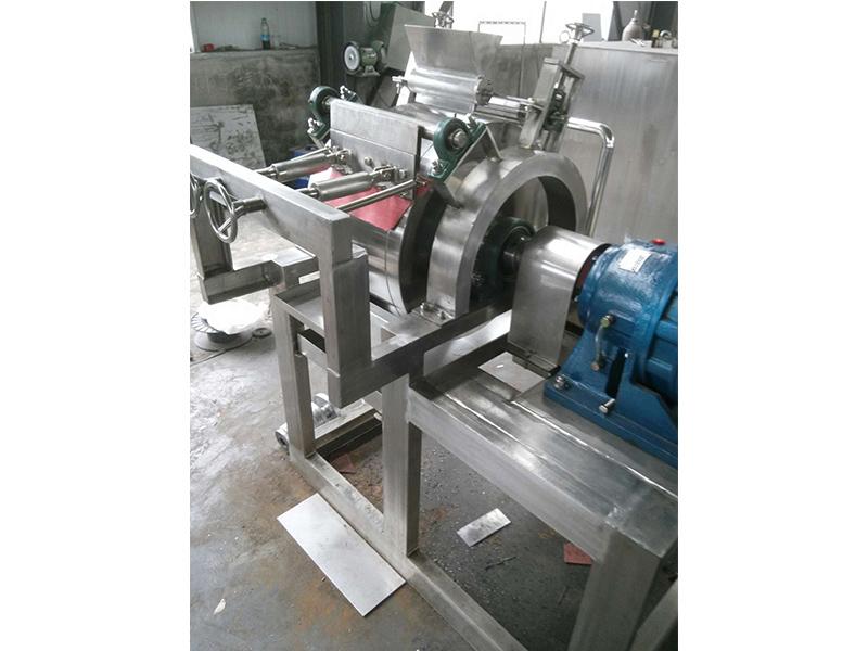 想买质量良好的刮板滚筒干燥机,就来金盘干燥机 刮板滚筒干燥机安装