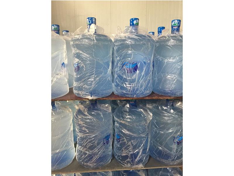 定制矿泉水,专业的捞山桶装水厂家推荐