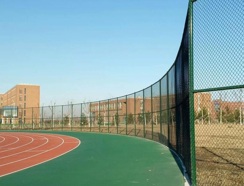 嘉裕关场地围网|嘉峪关哪里有供应品质好的PE围网笼式足球场