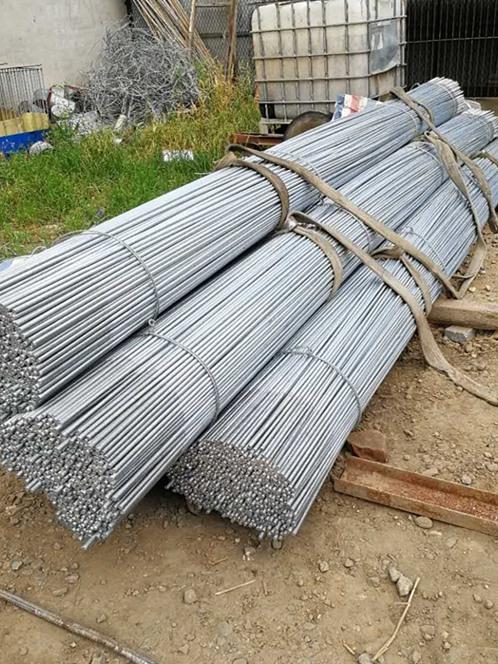 冀中轧钢厂专业供应热镀锌拉条 购买镀锌拉条