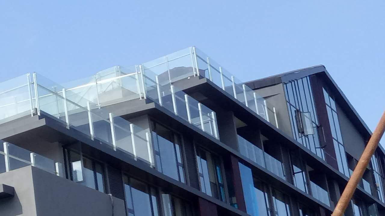玻璃欄桿價格-玻璃欄桿訂做找哪家