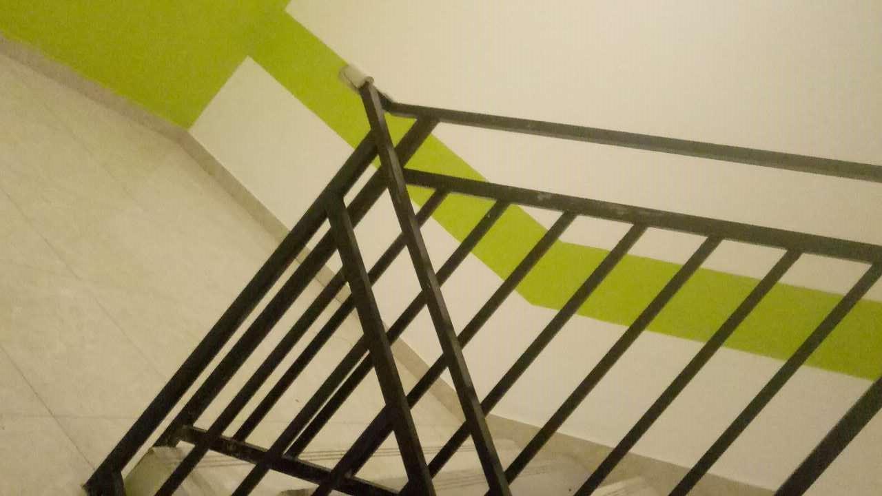造型美观的楼梯栏杆要上哪买|楼梯栏杆代理