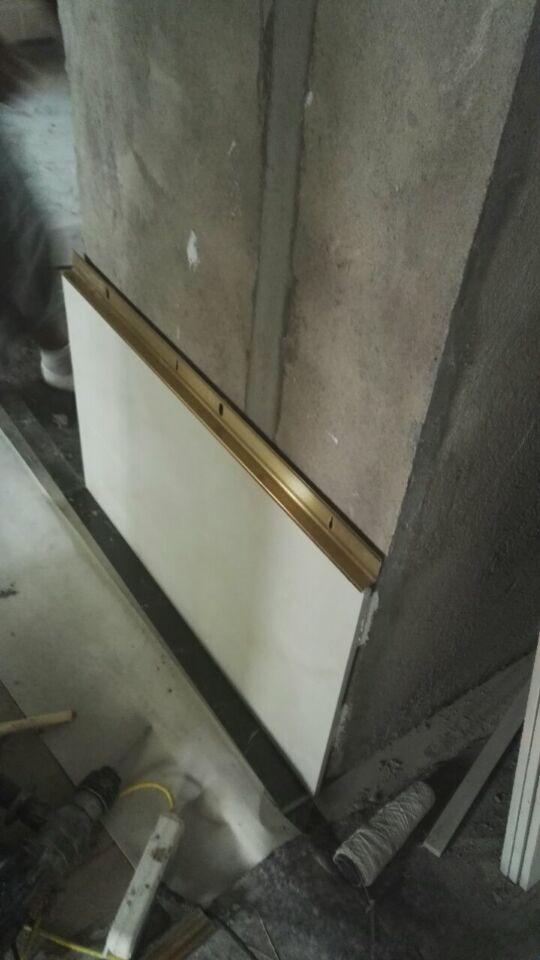 信譽好的瓷磚掛件-新款裝飾一體化金邊掛件八金龍建材有限公司供應