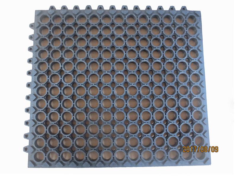 河北农业机械橡胶制品-山东专业的塑胶地垫厂家