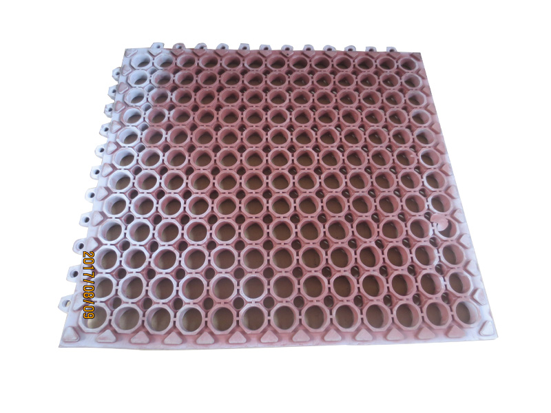 农业机械橡胶制品厂家直销 德州哪里有供应好用的塑胶地垫