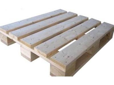 廣東卡板多少錢-哪里有供應優良森群興木制品