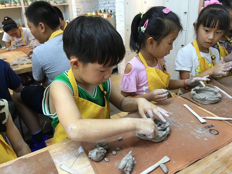 价格划算的儿童手工陶艺DIY加盟-山东可信赖的儿童手工陶艺DIY加盟公司推荐