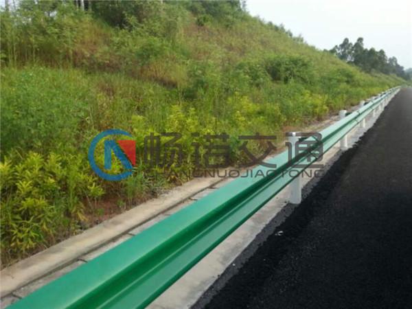 广西高速公路护栏价格 南宁畅诺交通提供质量硬的高速公路护栏