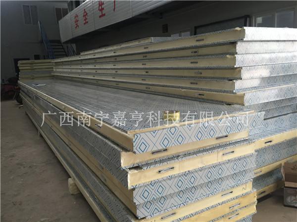 桂林聚氨酯保温板供应-广西嘉亨科技提供质量硬的聚氨酯冷库板