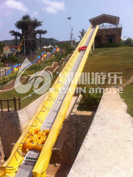 天津皮筏輸送機-廣州大型水滑梯專業廠商