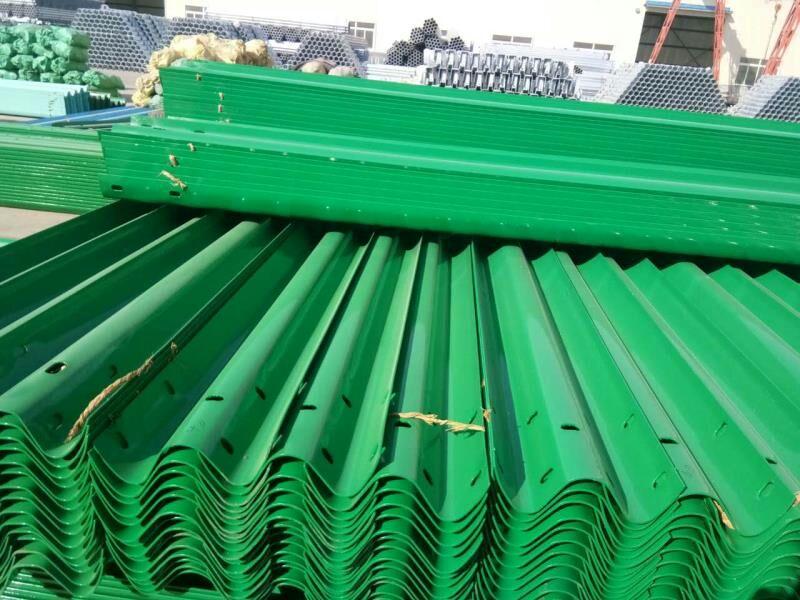 浙江高速波形护栏板批发 山东信誉好的高速波形护栏板供货商