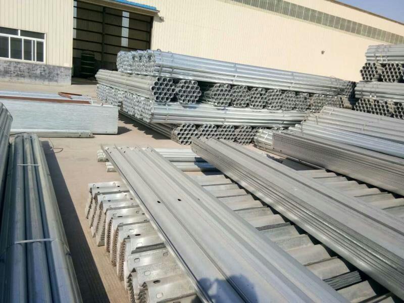 选质量好的公路护栏板,就到山东启翔交通设施 江苏公路护栏板批发