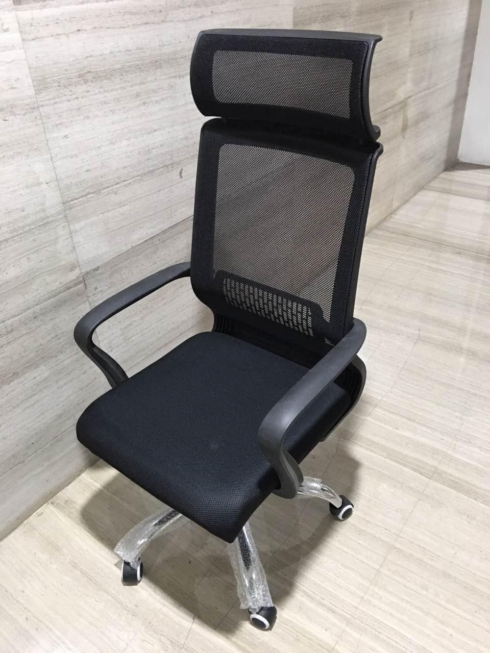 个性办公室卡位-要买办公室经理椅大班椅就选新惠家私