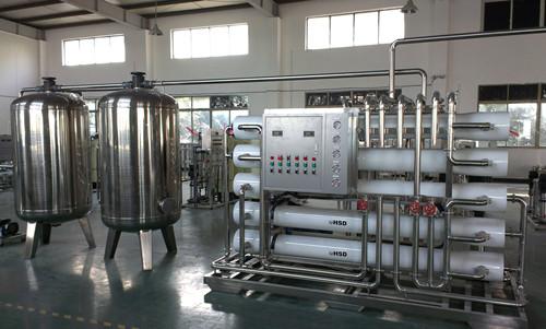 南宁反渗透纯净水设备|南宁智岳环保反渗透设备价钱怎么样