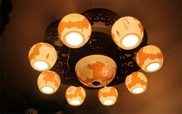 靠谱的陶瓷灯销售商当属晧千灯饰 陶瓷灯价格如何