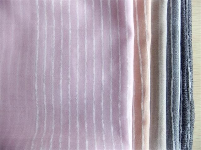 划算的羊绒薄围巾内蒙金威羊纺织品供应_羊绒围巾