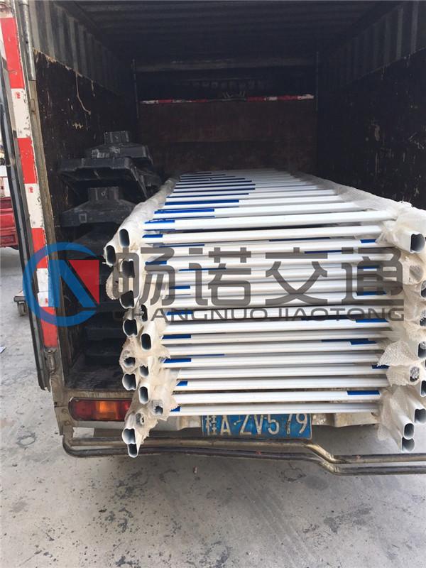 柳州交通护栏|南宁哪家生产的交通护栏好