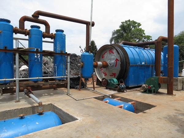 油泥炼油设备价格行情——优惠的油泥轮胎塑料炼油,商丘四海【供应】