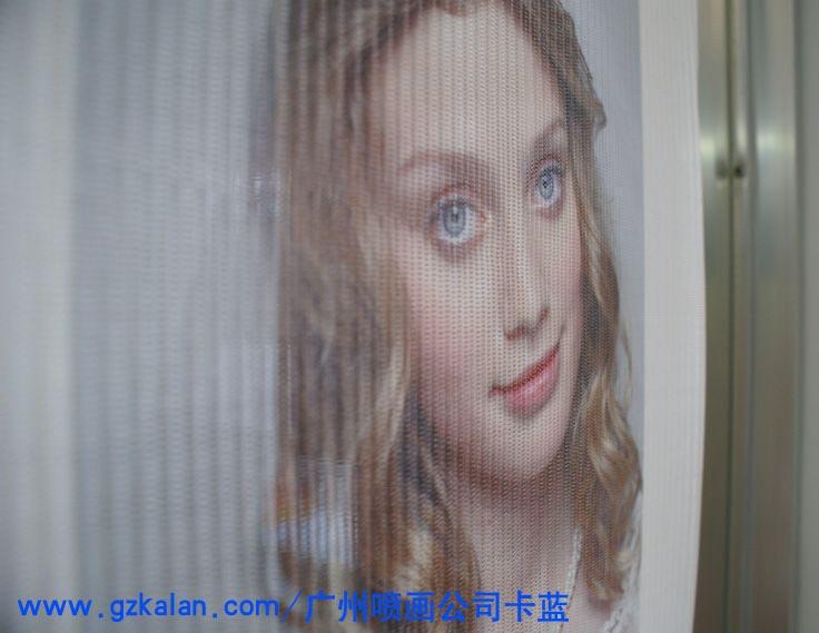 广州车身广告画玻璃贴安装_卡蓝广告专业可靠——怎么选择广州车身广告画玻璃贴安装