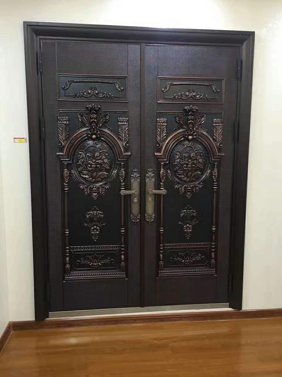 铁艺护栏-在哪能买到厂家直销的铜门呢