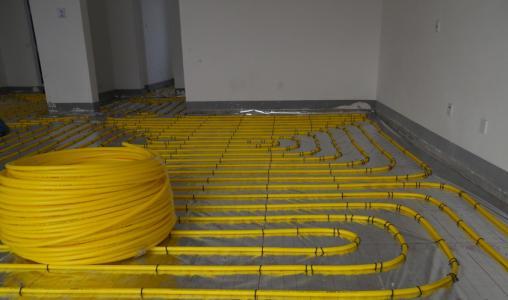 辽宁巨帆分水器-想买价格划算的地暖管就到康雨管业
