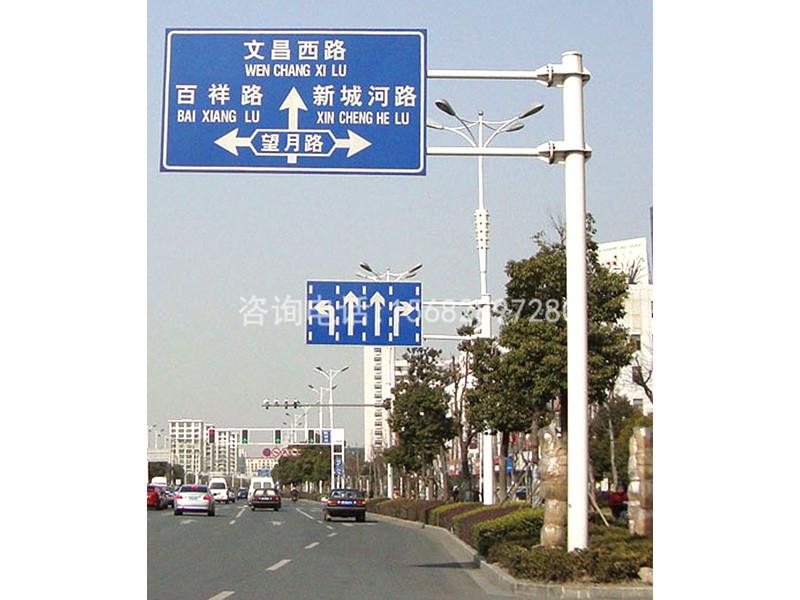 交通信号杆专业供货商-哈密交通信号杆