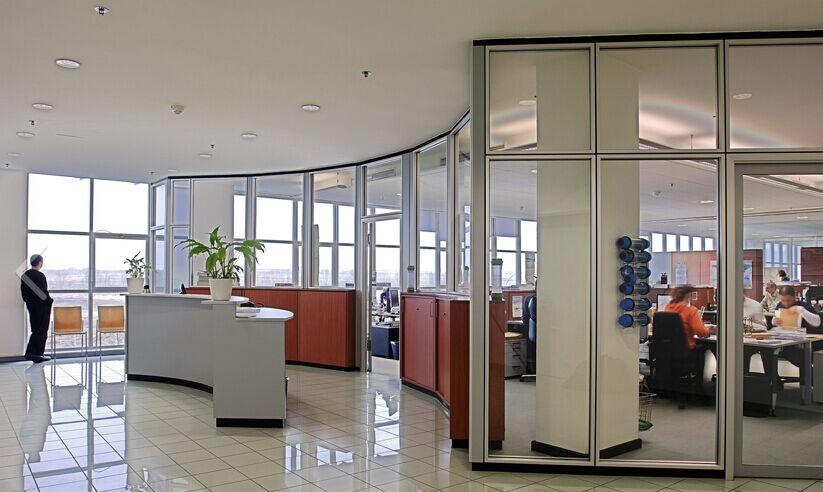 办公隔断定制 买质量好的单玻隔墙优选广州欧美斯赛隔工程