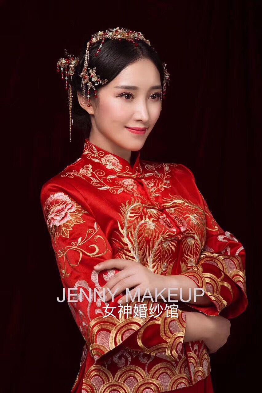 秀禾服|品种齐全的中式礼服批发供应