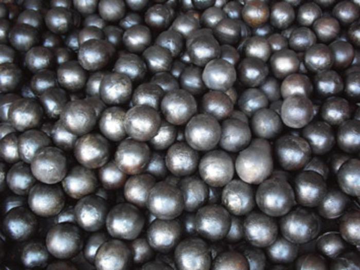 唐山钢球公司_信誉好的高铬合金铸造磨球提供商,当选兴泰耐磨材料